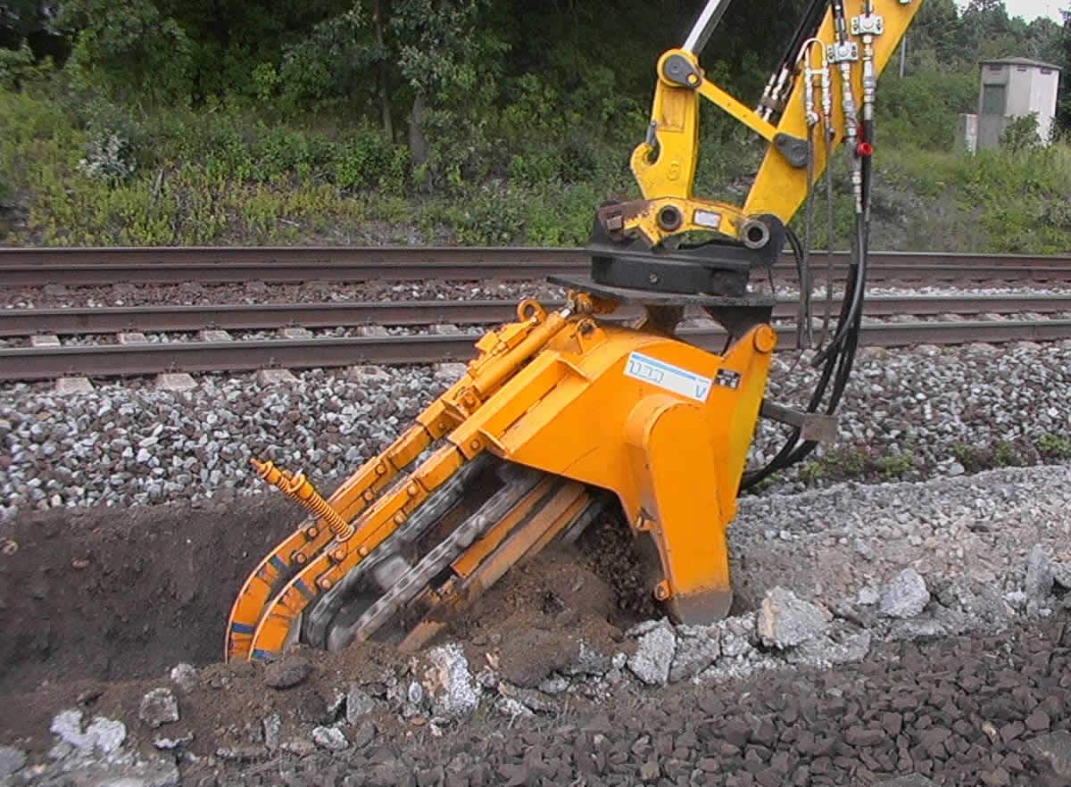 trancheuse pour excavateur